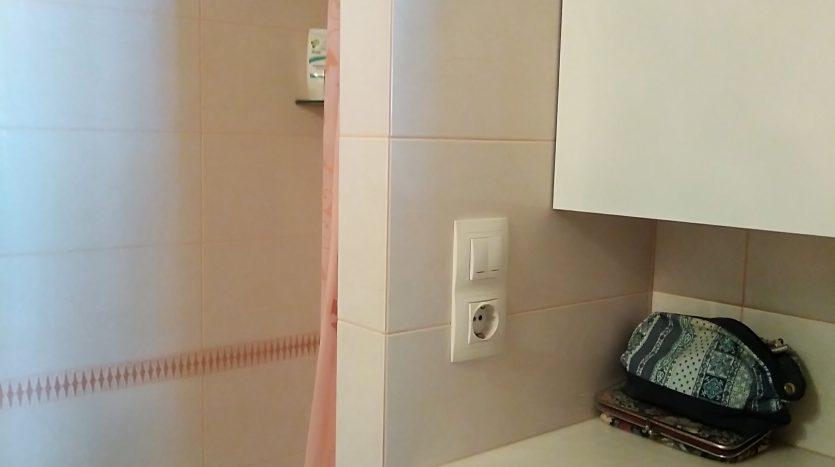 Продаю 3 комнатную квартиру с ремонтом в СПб.