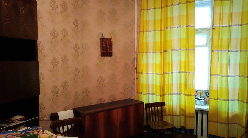 Продается комната на Васильевском острове СПб.