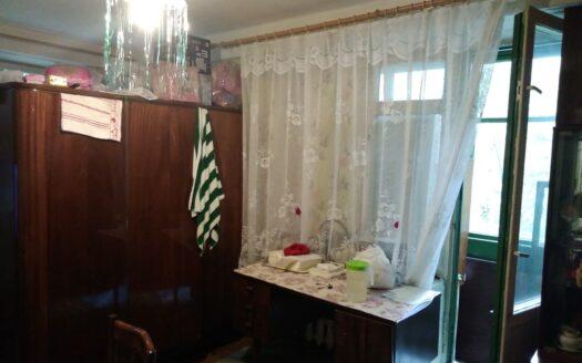 Продаю 2 комнатную квартиру в Калининском районе СПб.
