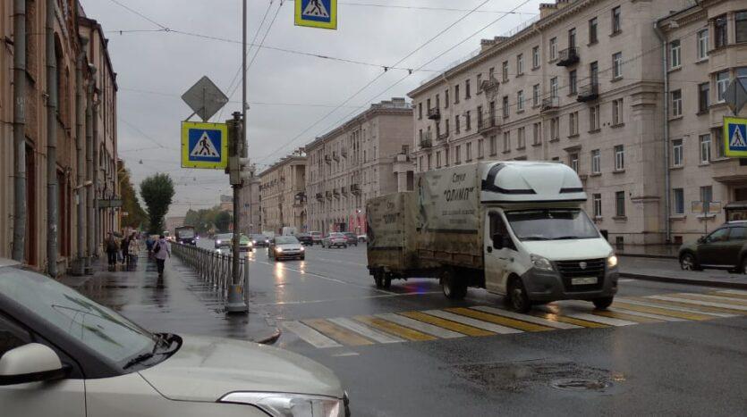 Prodayu-komnatu-vozle-Kirovskogo-zavoda.