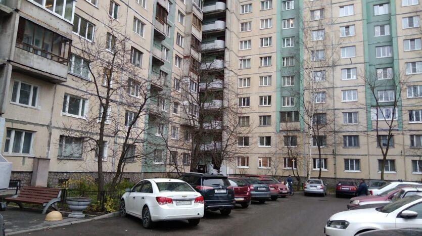 Prodayu-kvartiru-v-dome-137-serii