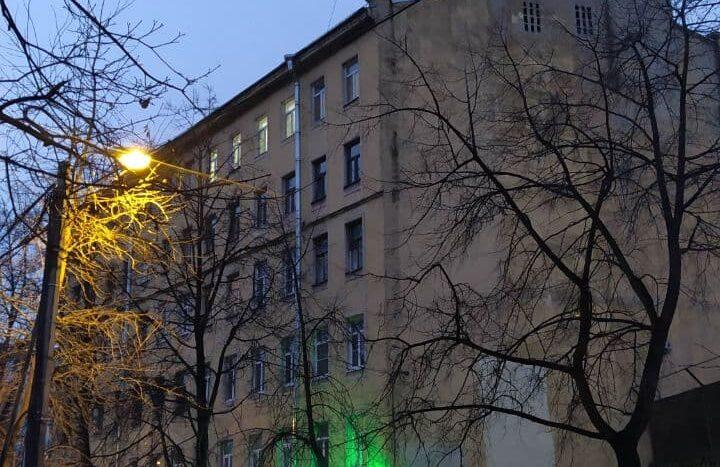 Kupit-3-komnatnuyu-kvartiru-ryadom-s-metro-Lesnaya